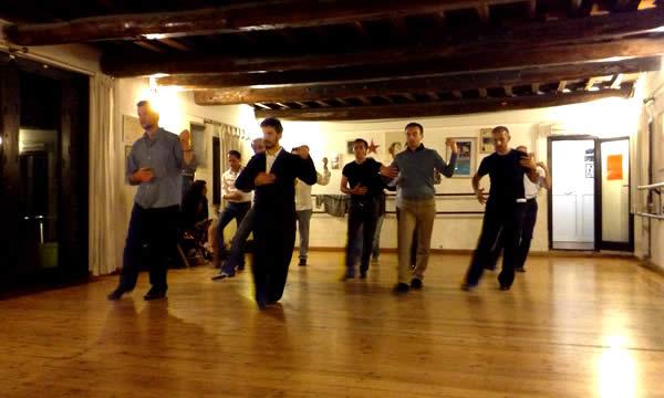 Corso di Tango Artetoiles Lezione Uomini del Maestro Mariano Mavone