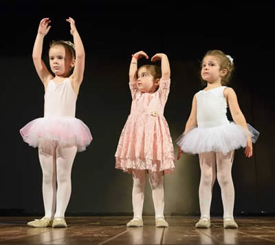 Corso di Tango Artetoiles Sala 2 Danza Yoga Pilates Talenti Roma