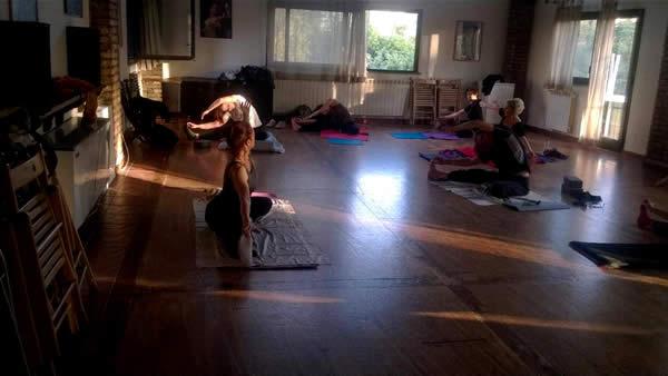 Lezioni Gratuite Balli e Danza Orientale Adulti Artetoiles Buffalotta Talenti Roma