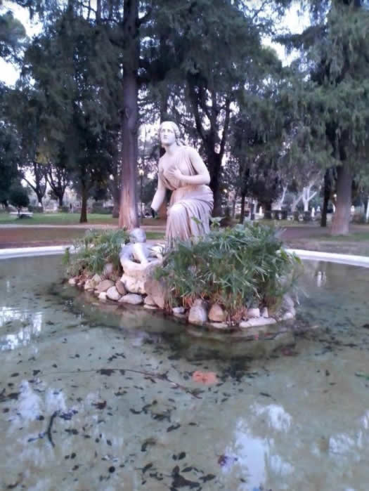 Progetto Cultura Artetoiles – Villa Borghese Statua